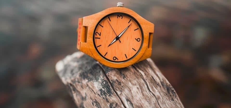 Des montres en bois pour une consommation responsable